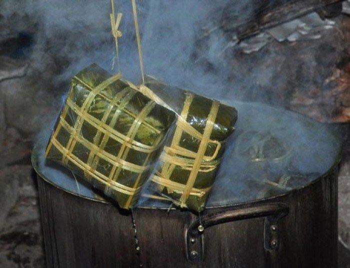 10 mẹo luộc bánh chưng xanh tự nhiên trong ngày tết