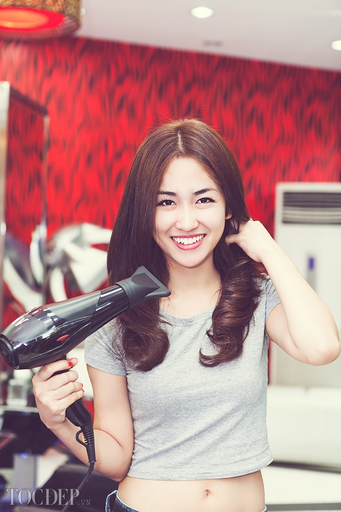 Hình ảnh đẹp của DJ Trang Moon gợi cảm mới nhất Full HD