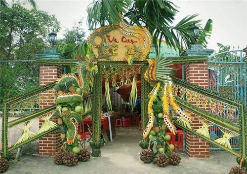 Tản mạn hình ảnh những cổng cưới bằng lá dừa cực chất