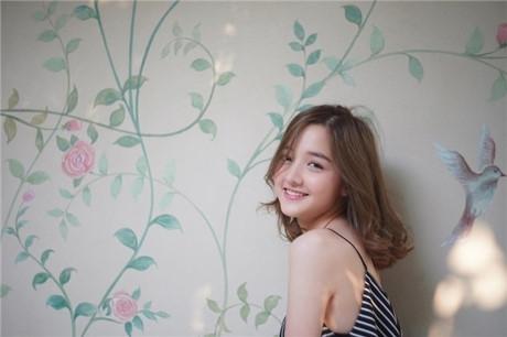 Vẻ đẹp hút hồn của Hot girl Thái Lan sinh năm 1999